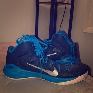 Nike Hyperdunk NEW!